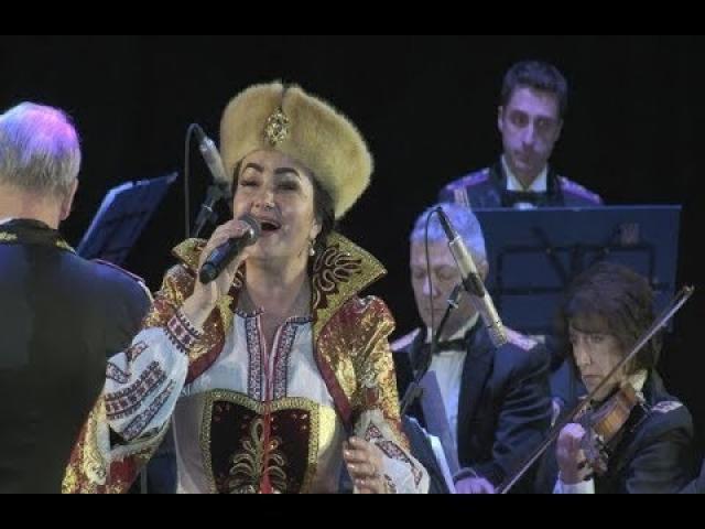 Embedded thumbnail for Олена Білоконь заспівала з національним президентським оркестром